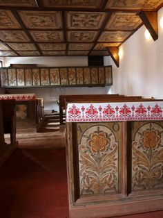the village of Tákos is famous of its mediaveval chuch interior and detailed cieling paintings. magyarbarangolo.blogspot.com