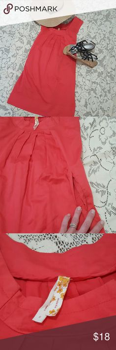 "MAEVE anthro sz 0 pink summer beach dress tie back Maeve brand from Anthropologie  Size 0 Reddish coral pink color Super fun pockets, LOVE dresses that have pockets  Attached belt, tie in front or back Stunning Pleated detailing across chest & neckline Slightly above knee or at knee for most 34"" long  Chest pit to pit 16"" Hips approximately 21"" wide Smoke free home with pets  Non stretch 100% cotton  Sack Anthropologie Dresses Midi"