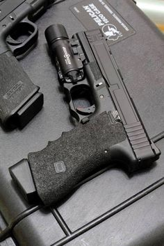 Salient Arms blacked out Weapons Guns, Guns And Ammo, Salient Arms, Custom Glock, Home Defense, Cool Guns, Tactical Gear, Tactical Equipment, Firearms