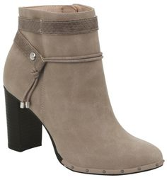 Cute Ankle Boots, Black Ankle Boots, Ankle Booties, Heeled Boots, Bootie Boots, Shoe Boots, Shoes Heels, Pretty Shoes, Cute Shoes
