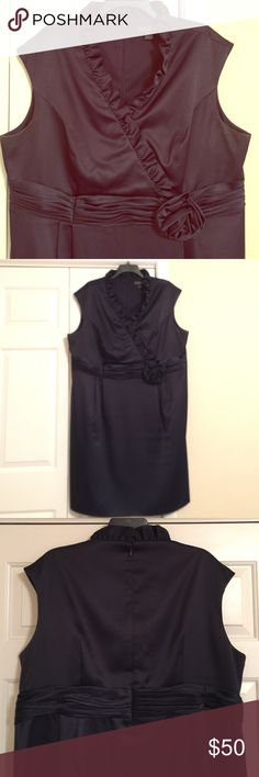 Ruffle neck navy Sheath Dress Classy navy cocktail dress. Great condition! Jessica Howard Dresses