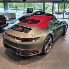 What are your thoughts on the red roof? 🤔 Would you spec your Porsche 911 cab. by 992 Fanpage Porsche 911 Cabriolet, Porsche 911 S, Porsche Panamera Turbo, Used Porsche, Porsche Sports Car, Carrera S, Porsche Carrera, Audi, Bmw