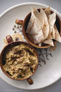 SPICED EGGPLANT HUMMUS W/ PITA CHIPS   1 medium eggplant (approx. 360g/12oz)  2 tbs peanut oil  1 tbs good quality curry powder  ½ tsp paprika  10-12 curry leaves  1½ cups chickpeas (cooked or tinned)  2 tbs tahini  1 lemon, juice only  PITA BREAD:  3-4 rye wraps (lavish bread), pita bread or tortillas or other