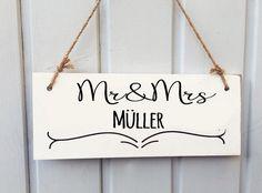 Hochzeitsdeko - Mr & Mrs Tafel / Schild / Familienname - ein Designerstück von CraftsandDeco bei DaWanda