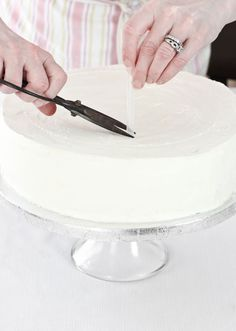Make Your Own Wedding Cake and Save $...here's the How-To