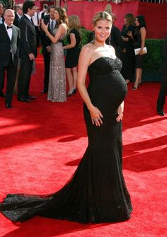 Hot Pregnant Celebrities on the Red Carpet