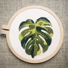 How to use the Clover Punch Needle Instructions Herb Embroidery, Embroidery Monogram, Embroidery Needles, Hand Embroidery Patterns, Cross Stitch Embroidery, Punch Needle Patterns, Punch Art, Art Plastique, Crochet