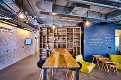 Whiteboard wall, chalkboard wall, wood