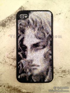 Cross stitch Iphone case... I don't know who this is but it's really cool
