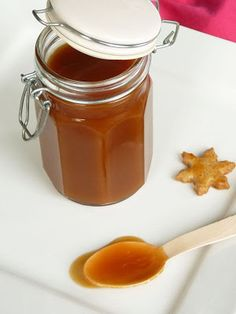 Burlap Crafts, Hot Sauce Bottles, Cooking Tips, Dips, Caramel, Mousse, Christmas Gifts, Food And Drink, Favorite Recipes