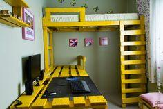 Muebles de Palets: Gana espacio en tu habitación con esta solución de litera o cama alta con palets