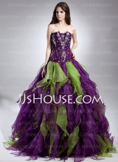 Quinceanera Dresses - $236.69 - Ball-Gown Scalloped Neck Floor-Length Organza Quinceanera Dresses With Beading (021015611) http://jjshouse.com/Ball-Gown-Scalloped-Neck-Floor-Length-Organza-Quinceanera-Dresses-With-Beading-021015611-g15611