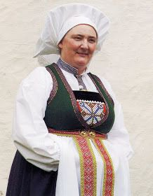 Hello all, Today I will cover the last province of Norway, Hordaland. This is one of the great centers of Norwegian folk costume, hav. Folk Costume, Costumes, Hardanger Embroidery, Traditional Outfits, Rum, Norway, Frozen, Culture, Jackets