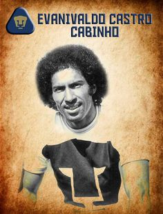"""-""""El Cabo"""" es el máximo goleador del futbol mexicano con 312 anotaciones de las cuales 151 fueron con los universitarios, lo que lo convierte en el número uno de Pumas en cuanto a goles se refiere. -8 veces campeón de goleo (4 con Pumas) -Fue campeón de Copa con Pumas en 1975, campeón de campeones en la 74-75 y campeón de Liga en la campaña 76-77."""