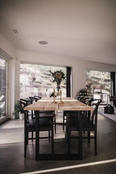 Where is our dining table from? What does it cost? Dining Table With Storage, Trestle Dining Tables, Dining Table Design, Room Interior, Home Interior Design, Luxury Interior, House Inside, Tiny House, Esstisch Design