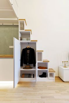 Nová tvář zašlé garsonky Nova, Bed, Furniture, Home Decor, Decoration Home, Room Decor, Home Furniture, Interior Design, Beds