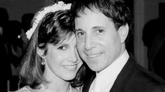 Paul Simon pays tribute to Carrie Fisher