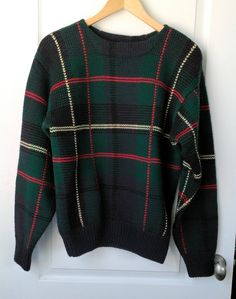 aa406038a6283 Men s Sweater Vintage Abercrombie and Fitch WOOL Sweater Size M Tartan  Plaid Pullover Wool Sweater