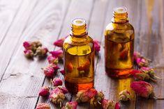 DIY Antibacterial Essential Oils for Deodorant Recipes - maja Essential Oil Deodorant, Antibacterial Essential Oils, Essential Oils For Hair, Deodorant Recipes, Diy Deodorant, Castor Oil For Skin, Oils For Skin, Valentine Day Massage, Homemade Natural Deodorant