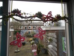 1000 images about decoratie voor raam on pinterest for Takken decoratie voor het raam