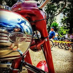 Vintage Motorcycles, Cars And Motorcycles, Jawa 350, Linked In Profile, More Photos, Motocross, Motorbikes, Biker, Chrome