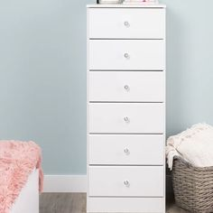 Super Ideas For Bedroom Door Knobs White Dressers 6 Drawer Dresser, Dresser With Mirror, Bedroom Doors, One Bedroom, Bedroom Ideas, Extra Storage Space, Storage Spaces, Youth Decor, Plastic Drawers