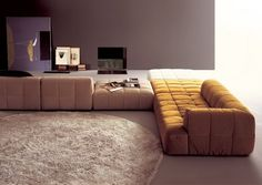 """At the beginning of the seventies, architect Cini Boeri revolutionized the furniture market with a product range, nowadays an """"evergreen"""": the modular sofas """"Strips,"""" which belongs to the history of Arflex Couch Furniture, Furniture Market, Cheap Furniture, Sofa Design, Home Interior, Interior Design, Round Beds, Ligne Roset, Furniture Upholstery"""