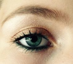 Green and gold for green eyes.  Follow my makeup Instagram: @spasticsparkmakeup