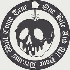 ideas tattoo ideas disney villains snow white for 2019 Disney Diy, Disney Crafts, Disney Trips, Snow White Poison Apple, Snow White Apple, Poison Apples, Desenho Tattoo, Disney Halloween, Halloween Cups