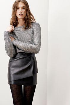 Maje - jupe cuir façon portefeuille, pull metalisé