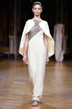 Antonio Grimaldi - Paris - 2017 - Alta Costura - Primavera-Verano - Harper's Bazaar