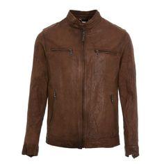 Rochas Paris traz jaquetas de couro de ovelha e cabra para o outono