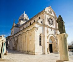 Information on visiting and holidaying in North Dalmatia in Croatia, including what to see and do and where to stay in Zadar, Sibenik, Trogir and Pag.