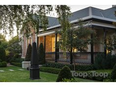 81 Church Terrace, Walkerville, SA View property details and sold price of 81 Church Terrace & other properties in Walkerville, SA Decor Interior Design, Interior Decorating, Historic Homes, Exterior Colors, Houzz, Facade, Terrace, My House, Beautiful Homes