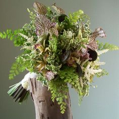 hand-tied bouquet wi