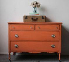 Galería de fotos de muebles pintados con toda la gama de colores Mary Paint.
