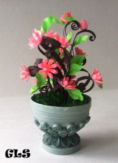 Quilled flowers in a quilled vase
