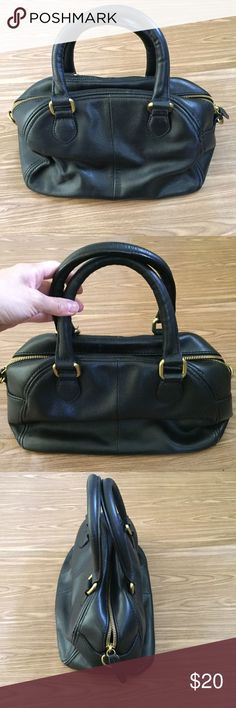 J. Crew handbag Slight wear mark on the corners but still lots of use left. See picture #2 for size suggestion. J. Crew Bags
