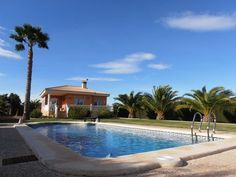REDUCED! Massively reduced to 399000€ - 5 bed with pool near Albatera Spain   http://www.livespainforlife.com/property/904/country-house/resale/spain/albatera/albatera/ (Ref: LTDIS FEP)