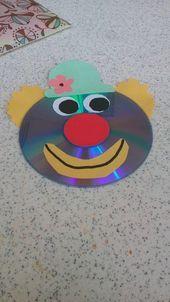 crafts for kindergarteners Clown Handwerk Idee - Herz Clown Crafts, Circus Crafts, Carnival Crafts, Cd Crafts, Bear Crafts, Preschool Crafts, Snowman Crafts, Santa Crafts, Plate Crafts