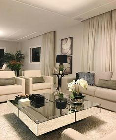 Pin by Christina Silva on My home in 2019 Living Room Decor Cozy, Elegant Living Room, Formal Living Rooms, Living Room Sofa, Living Room Interior, Home Living Room, Home Interior Design, Living Room Designs, Home Decor