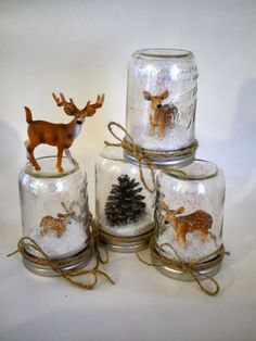 christmas snow DIY Snow Globe Ideas - DIY Waterless Deer Snow Globes - Easy Ideas To Make Snow Globes With Kids - Mason Jar, Picture, Ornament, Waterless Christmas Crafts - Cheap DYI Holiday Gift Ideas Snow Globe Crafts, Diy Snow Globe, Christmas Snow Globes, Magical Christmas, Christmas Projects, Christmas Diy, Christmas Crafts, Christmas Travel, Christmas Pictures