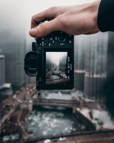 """@mirrorlessgeeks on Instagram: """"Sony A7rii😇 so what's on your Black Friday cyber Monday shopping lists????? • Mirrorless Geeker @ty.optix  #Mirrorlessgeeks…"""" Passion Photography, Perspective Photography, Photography Challenge, Photography Camera, Photography Backdrops, Artistic Photography, Creative Photography, Street Photography, Mobile Photography"""