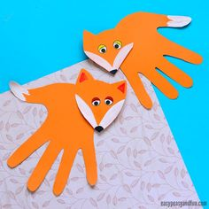 We have a wonderful craft idea for all the fox lovers out there – let's make handprint fox craft (that's not actually a hanprint but a hand-trace craft). This is an easy project to make, that doesn't take long so it's also great to use in the classroom (great for advanced scissor practice). *this post …