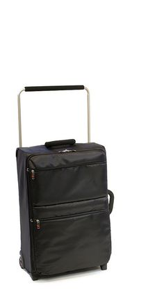 http://airlinepedia.net/lightest-luggage.html The lightest luggage ...