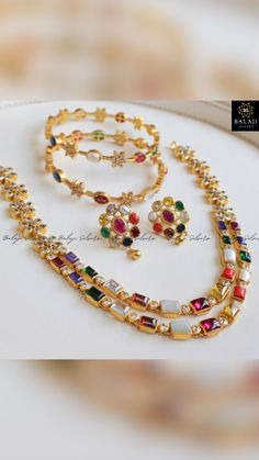 Indian Jewelry, Silver Jewelry, Gold Jewellery, Antique Jewellery Designs, Pearl Necklace Designs, Wedding Jewelry, Chains, Jewels, Collection