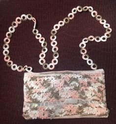 Pink and brown colors... Pretty handbag