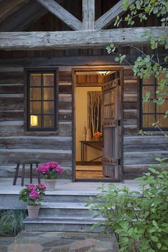 Lovely inviting entrance to a gorgeous log home