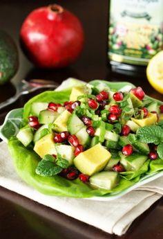 Avocado Pomegranate Salad(by: thekitchenismyplayground)