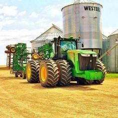 Most popular Farm Machinery videos and galleries. Jd Tractors, John Deere Tractors, John Deere Equipment, Heavy Equipment, Tractor Accessories, Welding Rigs, Heavy Machinery, Parcs, Country Farm